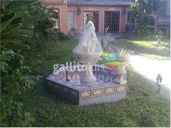 http://www.gallito.com.uy/excelente-casa-grande-y-en-excelente-zona-de-pocitos-inmuebles-9006891