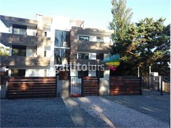 http://www.gallito.com.uy/apartamento-nuevo-al-frente-atlantida-inmuebles-12455769
