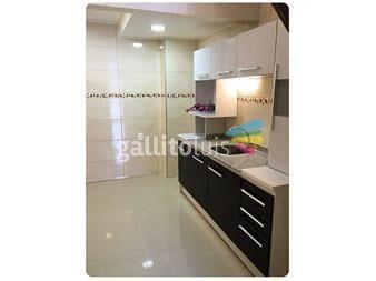 http://www.gallito.com.uy/dueño-vende-casa-en-la-blanqueada-inmuebles-12262452