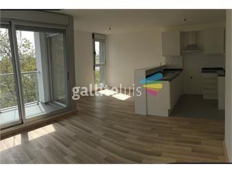 http://www.gallito.com.uy/apartamento-2-dormitorios-a-estrenar-parque-batlle-vis-inmuebles-12528555