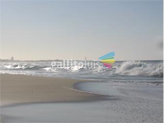 http://www.gallito.com.uy/venta-de-excepcional-cabaña-en-esquina-zona-privilegiada-inmuebles-12547135