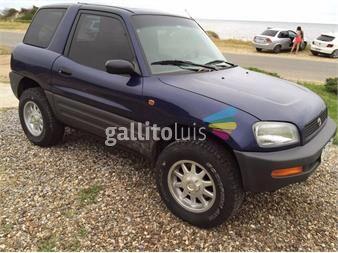 http://www.gallito.com.uy/rav4-4x4-3-puertas-excelente-estado-autos-12640956