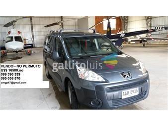 http://www.gallito.com.uy/camioneta-peugeot-partner-b9-excelente-estado-año-2012-autos-12552927