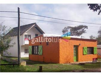 http://www.gallito.com.uy/dueño-vende-o-permuta-2-lindas-casas-en-aguas-dulces-inmuebles-12867527