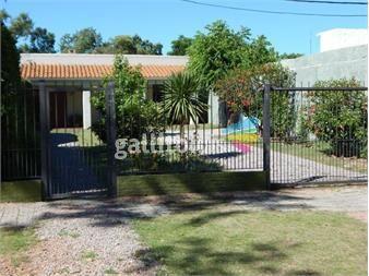 http://www.gallito.com.uy/buena-casa-a-mts-de-avda-sayago-inmuebles-12941043