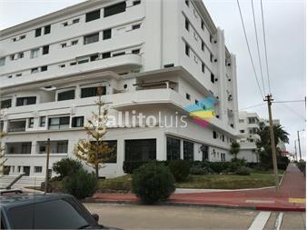 http://www.gallito.com.uy/peninsula-de-punta-del-este-edificio-residencial-miguez-inmuebles-12955641