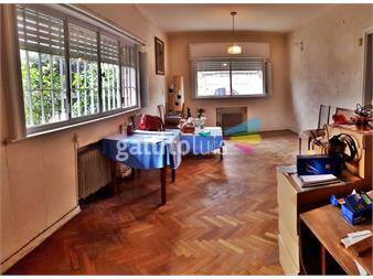 http://www.gallito.com.uy/casa-4-dormitorios-2-baños-y-garaje-la-blanqueada-inmuebles-13005811