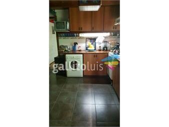http://www.gallito.com.uy/excelente-propiedad-muy-amplia-con-gge-para-varios-autos-inmuebles-13045169
