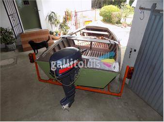 http://www.gallito.com.uy/13101602-bote-trailer-y-motor-fuera-de-borda-autos-13101602