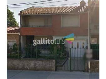 http://www.gallito.com.uy/belvedere-a-metros-de-agraciada-jardin-fondo-y-garaje-inmuebles-13125088