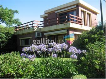 http://www.gallito.com.uy/muy-amplia-con-terraza-vista-al-mar-24-de-la-mansa-inmuebles-13141250