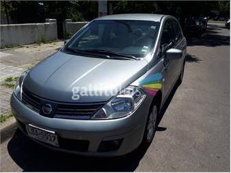 http://www.gallito.com.uy/nissan-tiida-sedan-2009-excelente-estado-13181629