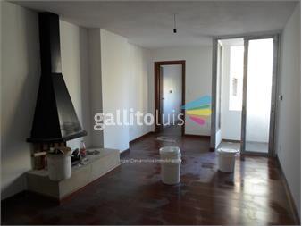 http://www.gallito.com.uy/venta-apartamento-2-dormitorios-2-baños-gje-x-2parrillero-inmuebles-12567711
