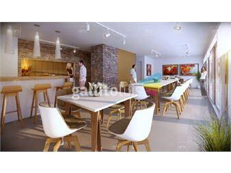 http://www.gallito.com.uy/amplio-apartamento-al-frente-inmuebles-12794845
