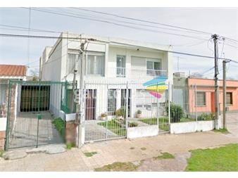 http://www.gallito.com.uy/venta-tres-propiedades-en-un-mismo-padron-camino-corrales-inmuebles-12500223