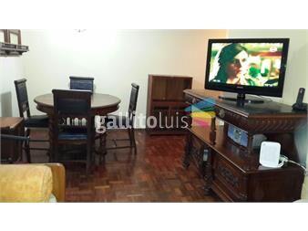 http://www.gallito.com.uy/pleno-pocitos-piso-alto-vista-despejada-1-dorm-con-balcon-inmuebles-11936318
