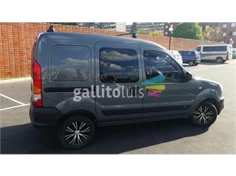 http://www.gallito.com.uy/renault-kangoo-unico-dueño-para-5-pasajeros-autos-12004114