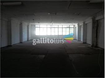 http://www.gallito.com.uy/iza-venta-local-comercial-inmuebles-12204023