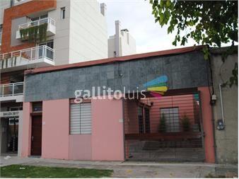 http://www.gallito.com.uy/dueño-impecable-casa-con-jardin-y-piscina-todo-reciclado-inmuebles-12220991