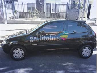 http://www.gallito.com.uy/chevrolet-celta-super-motor-10-listo-para-subirse-y-andar-autos-12254248