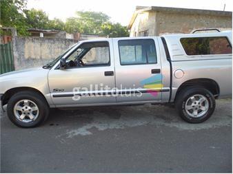http://www.gallito.com.uy/chevrolet-s10-28-td-dlx-en-muy-buen-estado-subir-y-andar-autos-12262141