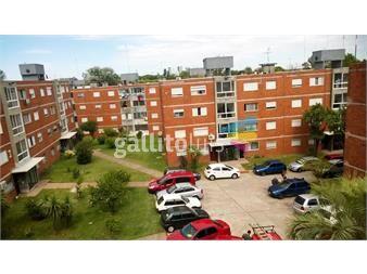 http://www.gallito.com.uy/apartamento-en-impecable-estado-en-zona-en-pleno-desarrollo-inmuebles-12265721