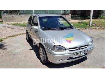 http://www.gallito.com.uy/chevrolete-corsa-wind-17-impecable-estado-autos-12285743