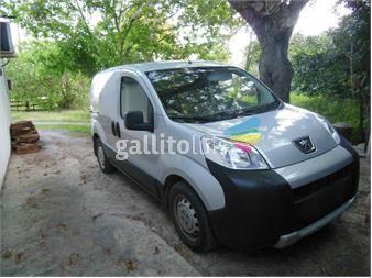 http://www.gallito.com.uy/camioneta-en-impecable-estado-autos-12400183