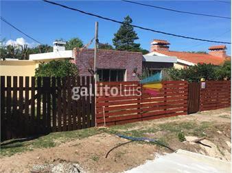 http://www.gallito.com.uy/dueño-alquila-casa-en-apolo-8-a-una-cuadra-de-la-rambla-inmuebles-12458792