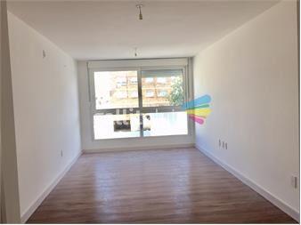 https://www.gallito.com.uy/venta-de-apto-2-dormitorios-2-baños-a-estrenar-buceo-inmuebles-12428923