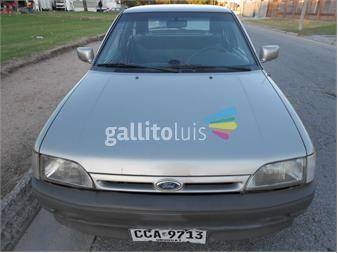 https://www.gallito.com.uy/excel-ford-escort-16-gl-c-5ta-tiene-mil-km-de-ajustado-13042660