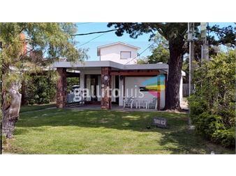 https://www.gallito.com.uy/en-excelente-punto-a-dos-calles-de-la-mansa-p8-y-media-inmuebles-15339006