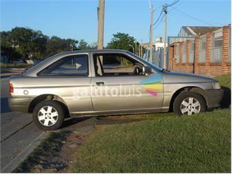 https://www.gallito.com.uy/brasilero-ford-escort-gl-16-con-5ta-1995-impecable-13042660