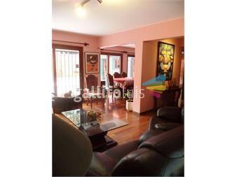 https://www.gallito.com.uy/hermosa-casa-en-dos-plantas-inmuebles-13187275