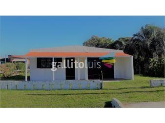 https://www.gallito.com.uy/casa-en-venta-arachania-la-paloma-inmuebles-13634759