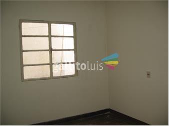 https://www.gallito.com.uy/casa-de-2-dormitorio-ubicado-a-2-cuadras-de-av-18-de-julio-inmuebles-13740742