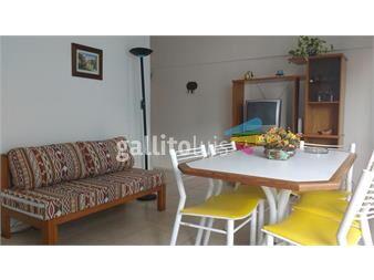 https://www.gallito.com.uy/apartamento-de-1-dormitorio-a-1-cuadra-de-playa-emir-inmuebles-14506381