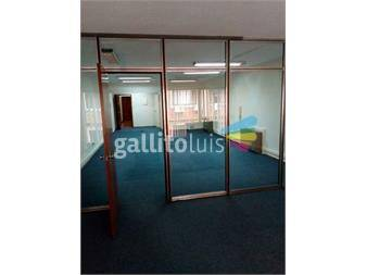 https://www.gallito.com.uy/edificio-de-categoria-muy-proximo-a-bancos-inmuebles-13446097