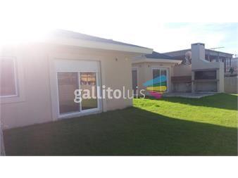 https://www.gallito.com.uy/bajamos-el-precio-casa-en-barrio-jardin-los-olivos-inmuebles-14467036