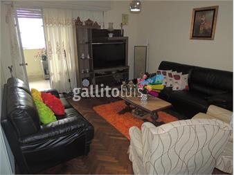 https://www.gallito.com.uy/amplio-y-comodo-apartamento-garaje-fijo-inmuebles-14601116