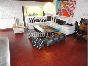 https://www.gallito.com.uy/venta-casa-barra-de-carrasco-3-dormitorios-garaje-piscina-inmuebles-14637942