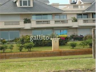 https://www.gallito.com.uy/apartamento-en-la-rambla-de-carrasco-inmuebles-14802592