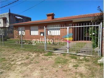 https://www.gallito.com.uy/gran-ubicacion-chalet-3-dormitorios-y-2-baños-venta-solymar-inmuebles-14851723