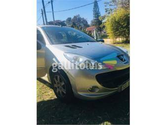 https://www.gallito.com.uy/peugeot-207-compact-14-frances-17681388