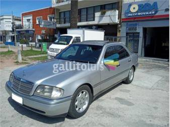 https://www.gallito.com.uy/mercedes-benz-c-180-nafta-elegance-full-manual-con-techo-18258586