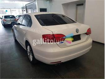 https://www.gallito.com.uy/volkswagen-vento-25-confort-at-170cv-18424826
