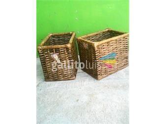 https://www.gallito.com.uy/cajones-en-mimbre-cardo-y-madera-varios-modelos-por-encargue-productos-18631581