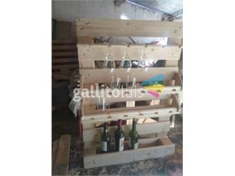 https://www.gallito.com.uy/barcito-en-pallets-de-amurar-impecable-copas-vasos-bot-productos-18713190
