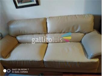 https://www.gallito.com.uy/sillon-de-living-de-3-cuerpos-en-cuerina-productos-19753695