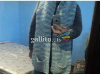 https://www.gallito.com.uy/bufandas-en-pura-lana-con-bolsillos-productos-19897480